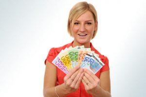 Kreditvertrag unterschreiben und Geld abrufen