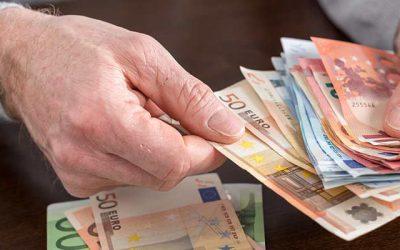 Dispokredit ablösen und über 300 Euro sparen
