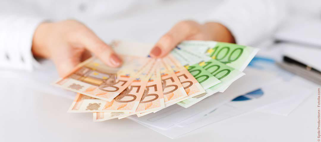 """""""JahresEndspurt"""" der Banken: Warum Sie jetzt besonders schnell Kredit bekommen  BonKredit.de"""